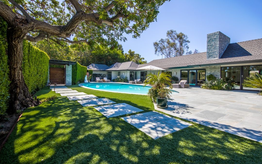 3035 Lake Glen Drive, Beverly Hills, Ca. 90212